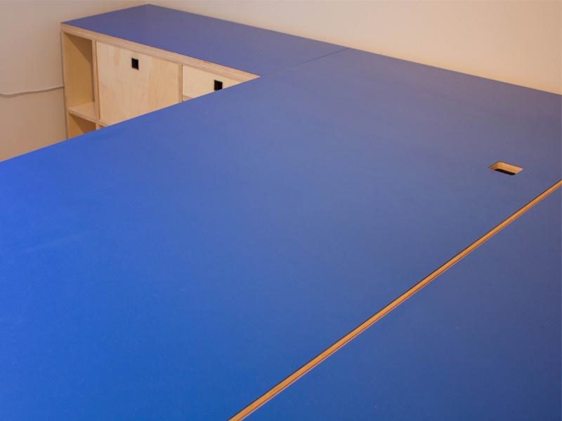 Bleu bureau formica machine da